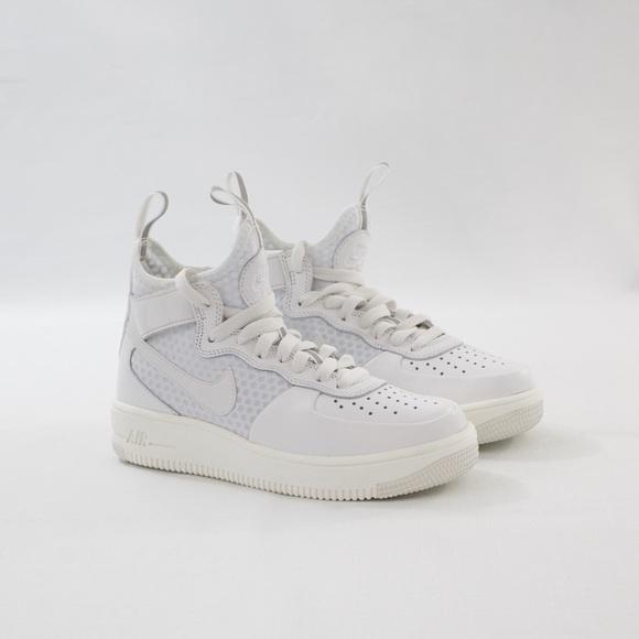 purchase cheap 61e30 4a8fe Nike Air Force 1 Ultraforce Mid